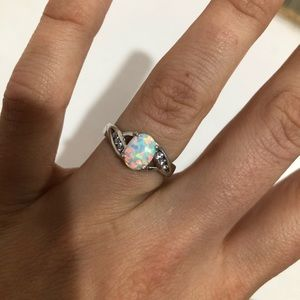 Jewelry - Sterling silver ring with Opal stone size 6
